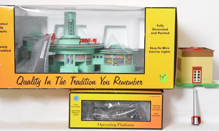 MTH Mels Diner, 9105, Passenger Station, 9107, Power Station