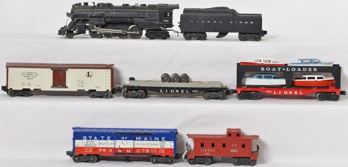 Lionel set with 736 steam, 2046, 3662, 3494-275, 6416, 6262, 6257