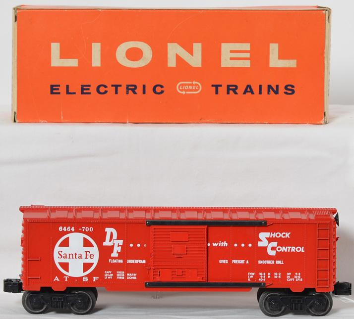 High grade Lionel 6464-700 Santa Fe boxcar in OB