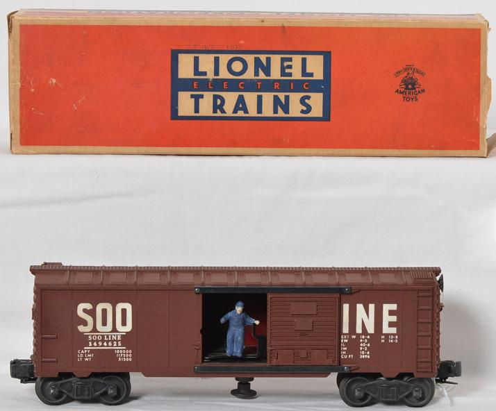 Lionel 3494-625 Soo Line operating boxcar in OB