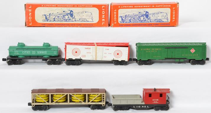 Lot of Lionel freight cars incl 6475, 6465, 6119, 6572 and 6448