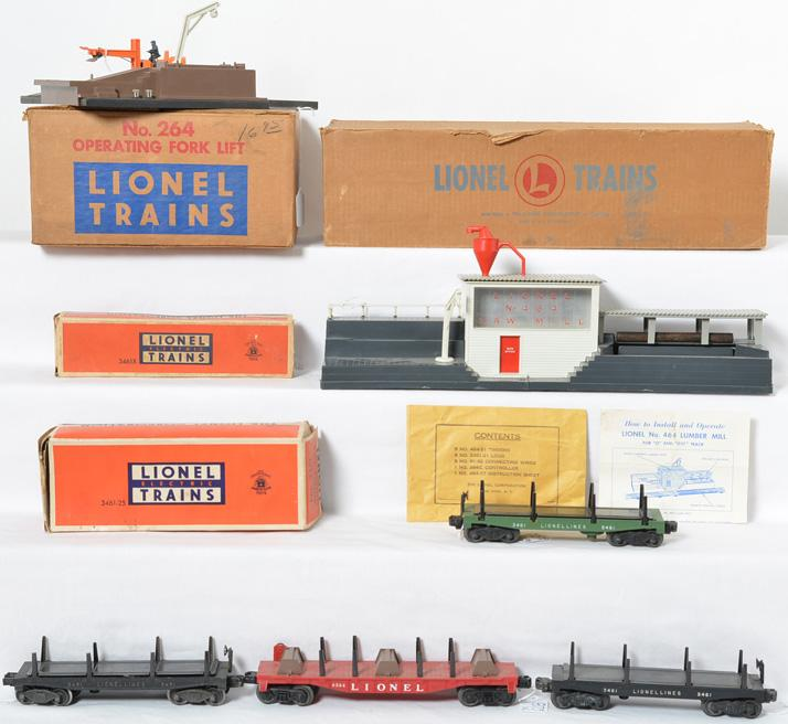 Lionel 464 lumber mill, 264 loader and extra cars
