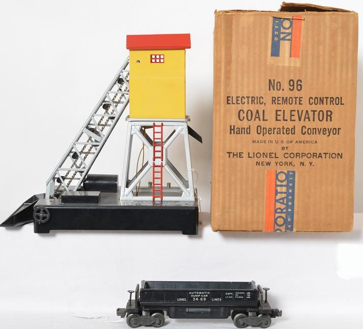 Lionel 96 coal elevator with 3469 dump car and original box