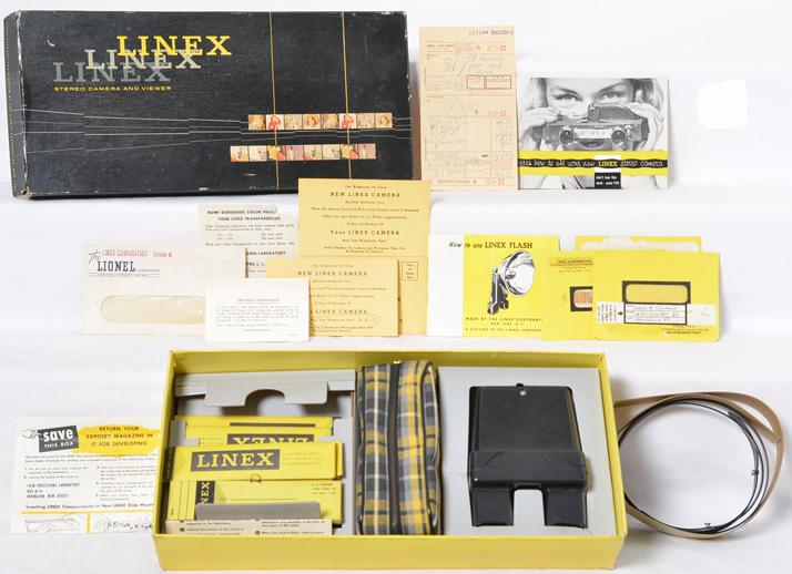 Outstanding Linex by Lionel stereoview camera - nearly mint in box