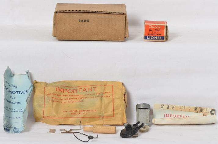 Lionel Postwar O gauge 726S Smoke Kit from 1947 in Original box