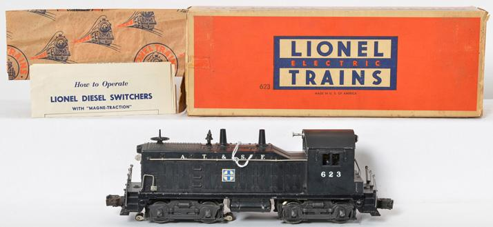 Lionel Postwar O gauge 623 Santa Fe Switcher with Original Box