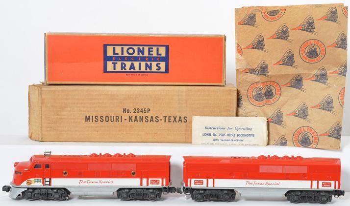 Lionel Postwar O gauge 2245 Texas Special A-B units with Solid Hole 2245C B UNIT