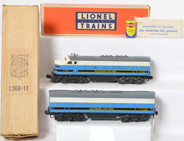 Lionel Postwar O Gauge 2368P and 2368C Baltimore and Ohio F3 A-B set with original boxes