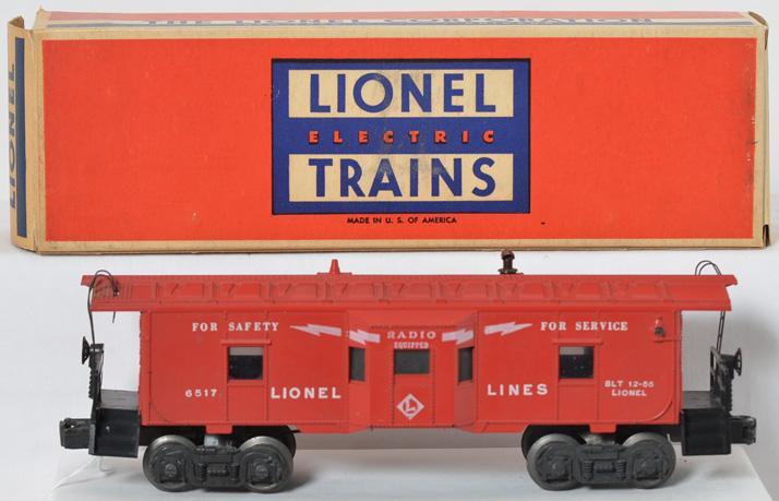 Lionel Postwar O gauge 6517 Lionel Lines bay window caboose with original box