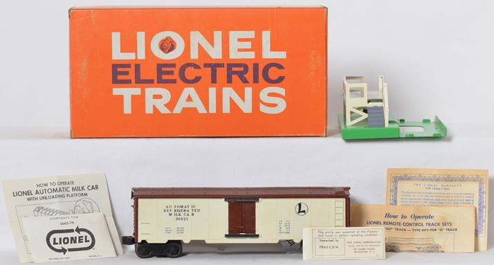 Clean Lionel 3662 operating milk car in original box