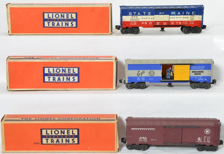 3 Lionel operating boxcars 3494-150, 3494-275, 3484