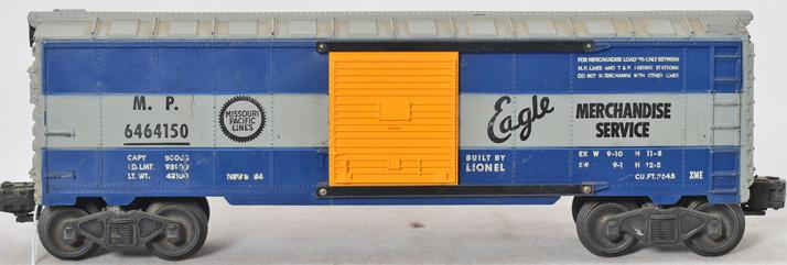 Lionel 6464-150 Missouri Pacific boxcar with grooved body and painted doors