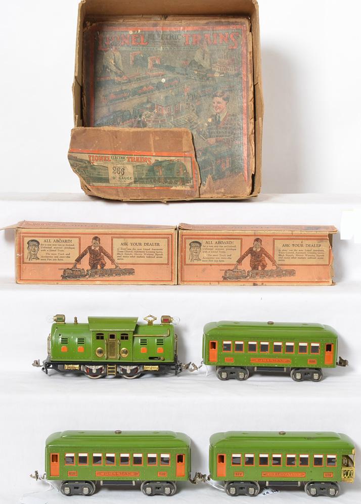 Lionel prewar O gauge 266 Set w/ 254 LG Loco, 610, 610, 612 Passenger Cars