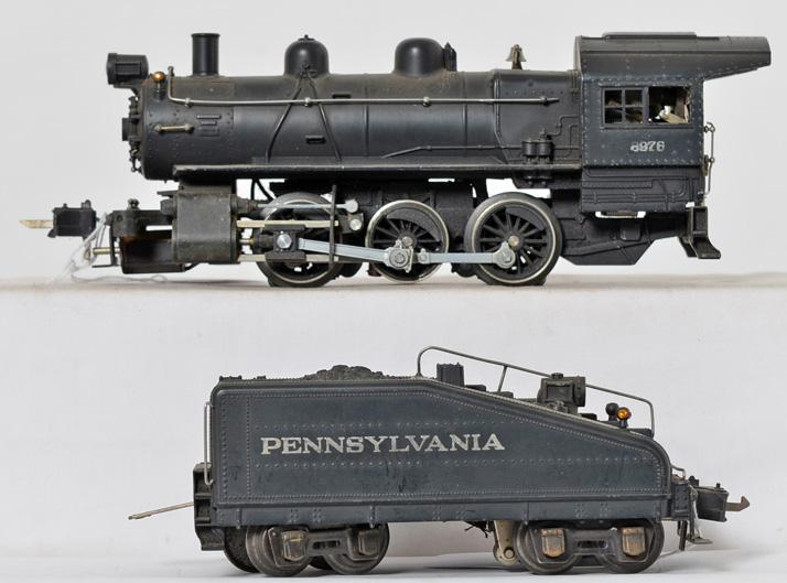 Lionel 227 semi scale switcher with modified 227B Pennsylvania tender