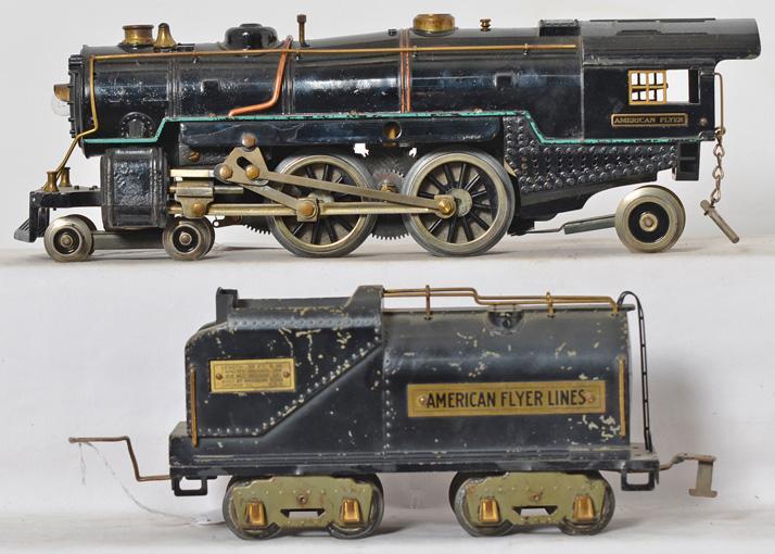 American Flyer wide gauge 4-4-2 steam locomotive with 4693 tender