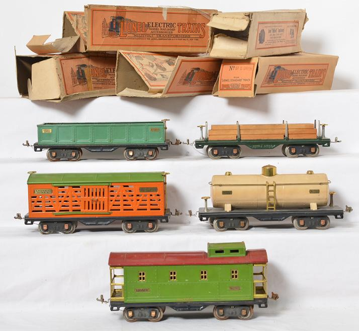 Lionel standard gauge 511, 512, 513, 515, 517 freight cars with boxes