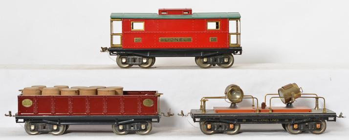 Lionel standard gauge 220 searchlight, 217 caboose, 212 gondola