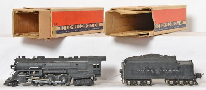 Lionel 226E steam locomotive with 2226W tender and original boxes