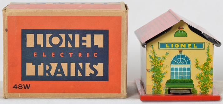 Beautiful Lionel Prewar 48W Whistle Station with Original box