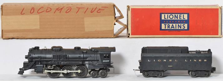 Lionel Postwar 2037 Steam Locomotive and 6026W Tender with Original Boxes