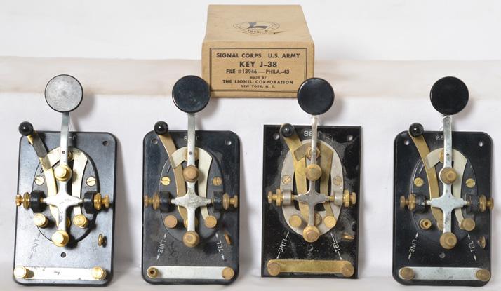 4 Lionel wartime J038 U.S. Army Signal Corps telegraph keys