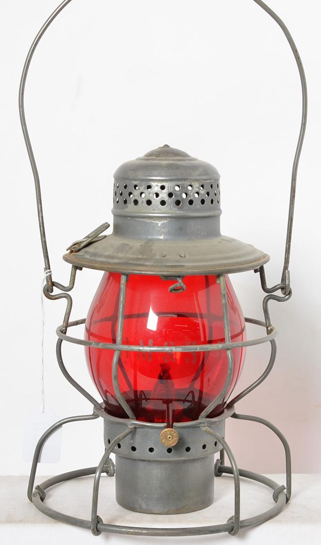 Handlan Milwaukee Road CM & St. P. Ry. red globe lantern with etched globe