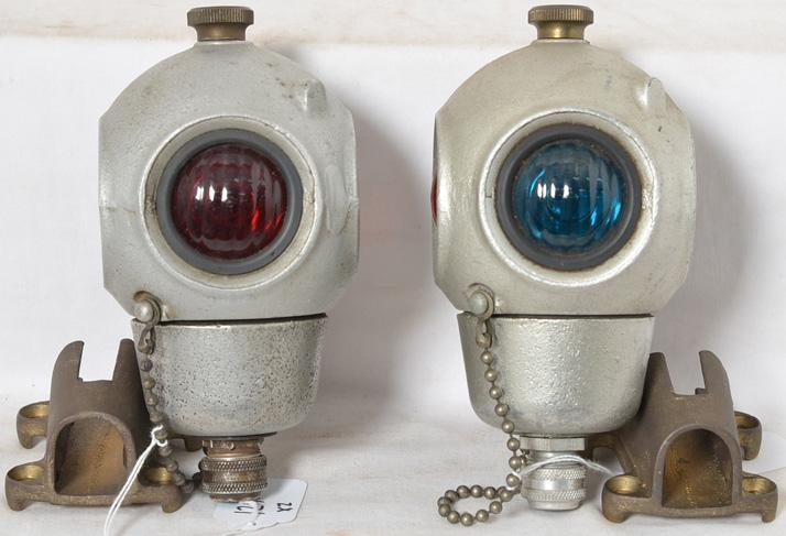 Pair of Pyle National cannon ball railroad caboose marker lights