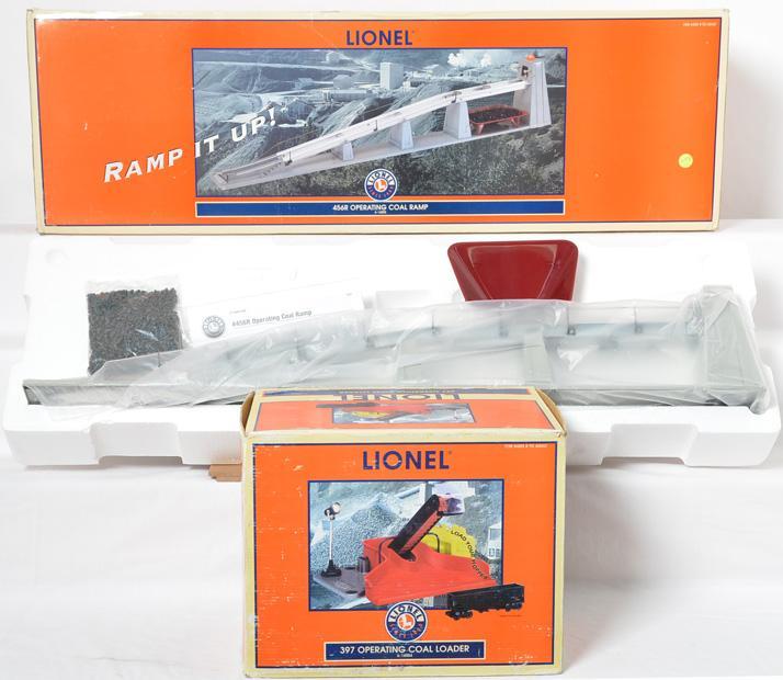 2 Lionel Coal Accessories, 14004 Coal Loader, 14005 Coal Ramp