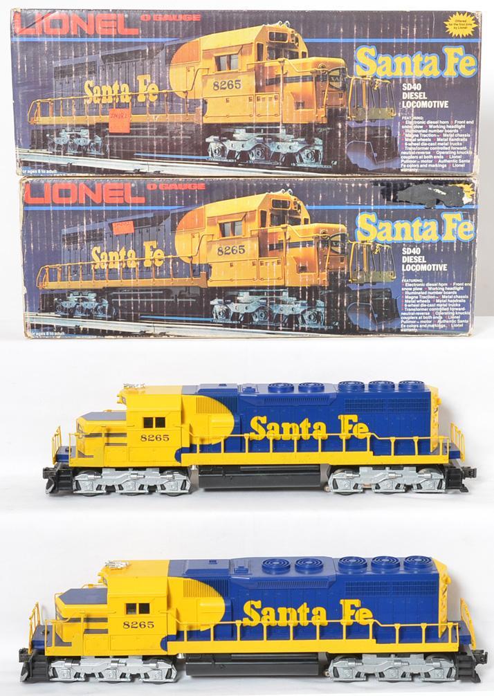 2 Lionel Santa Fe SD-40 Diesels, 8265