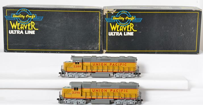 2 Weaver GP38-2 Union Pacific 2 Rail Diesel Loco, non powered