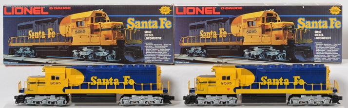 2 Lionel 8265 Santa Fe SD40 Diesels