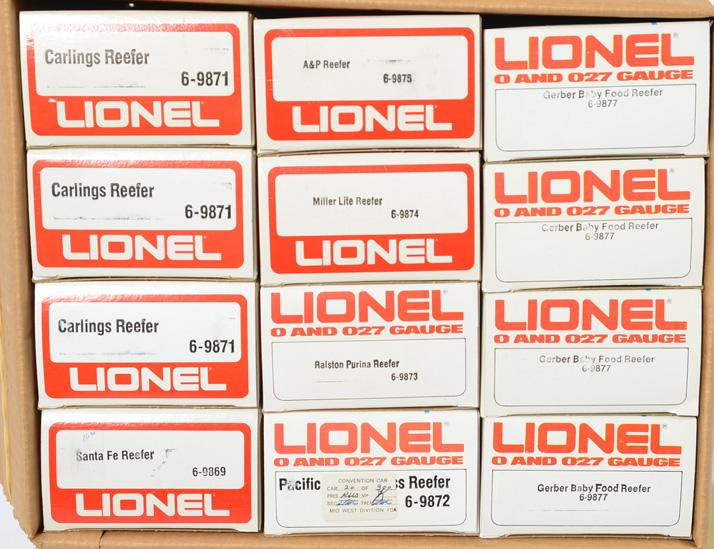 12 Lionel Reefers, 9877, 9875, 9874, 9871