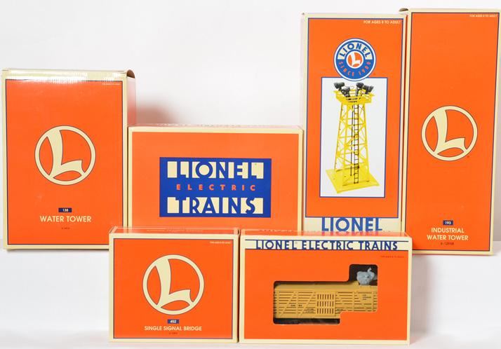 6 Lionel Accesories, 12894, 16683, 12916, 12847