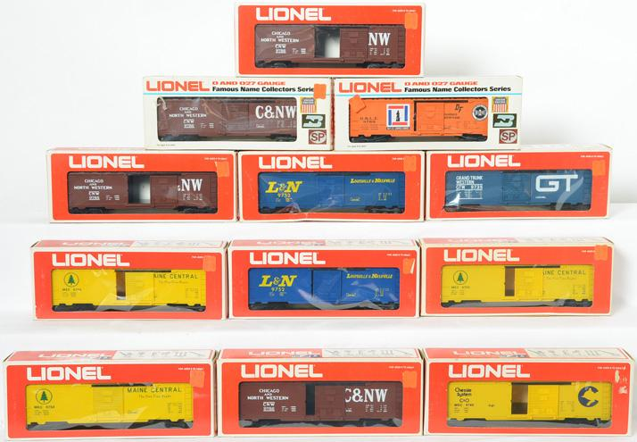 12 Lionel Freight Cars, 9769, 9786, 9753, 9735
