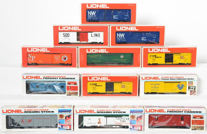 12 Lionel Freight Cars 9767, 9702, 9280, 9861, 9781,