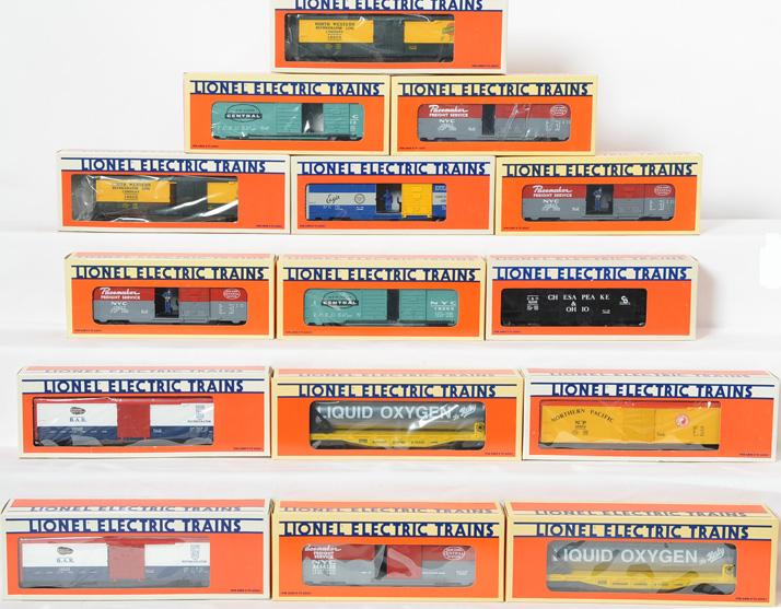 15 Lionel Freight Cars, 6109, 19502, 16368, 19503, 19623,