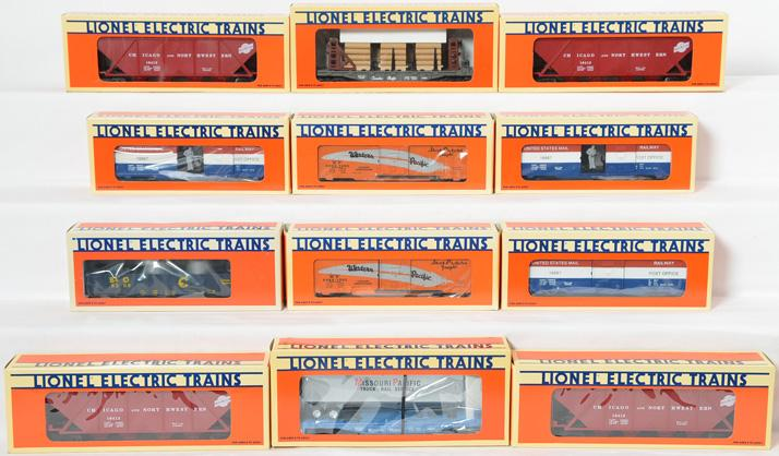 12 Lionel Freight Cars, 16412, 16687, 52057, 16910, 6208