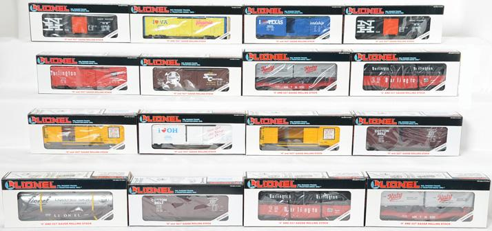 16 Lionel Freight Cars, 16343, 19912, 19215, 16348, 19915, 19216, 19217