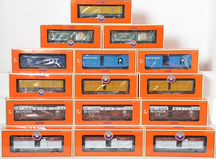 15 Lionel Standard O Freight Cars, 17700, 17702, 17266, 17378, 17381
