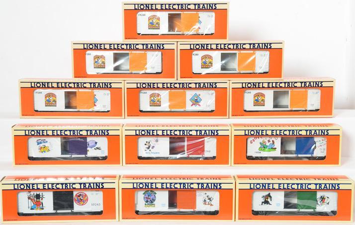 12 Lionel Disney Hi Cube Boxcar, 19280, 19246, 19245, 19261, 19262