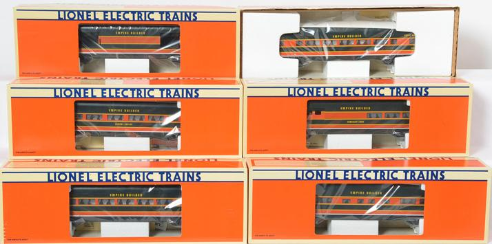 6 Lionel Great Northern aluminum passenger cars