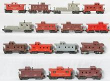 Group of 15 Lionel cabooses, 6357, 6257, 6037, 6017, 6457, 6017, 2472, 6357, etc