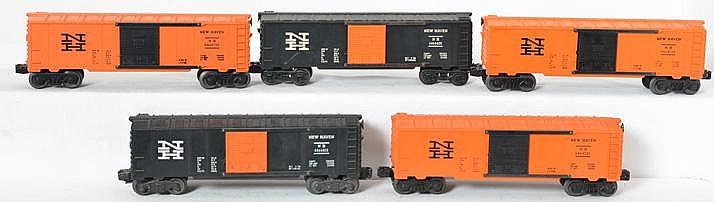3 Lionel Postwar 6464-725 Orange & 2 6464-425 Black New Haven Boxcars