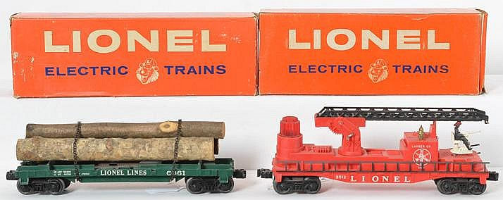 Boxed Lionel 3512 operating fireman car,
