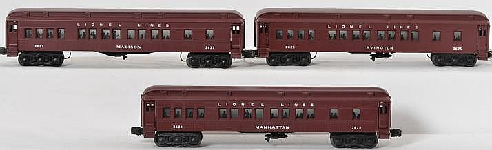 Clean Lionel 2625 Irvington, 2627 Madison, and 2628 Manhattan passenger cars