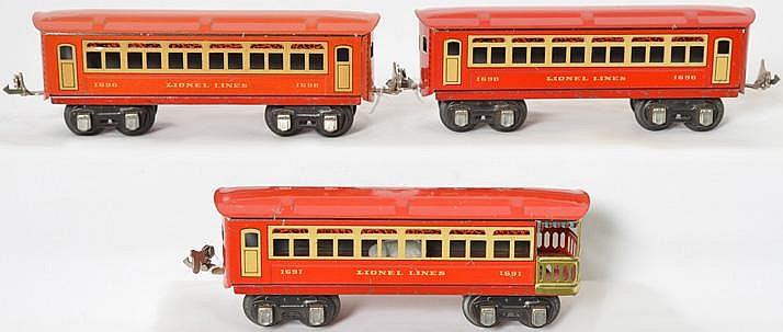 3 Lionel Lines prewar red tinplate passenger cars 690, 690, 691
