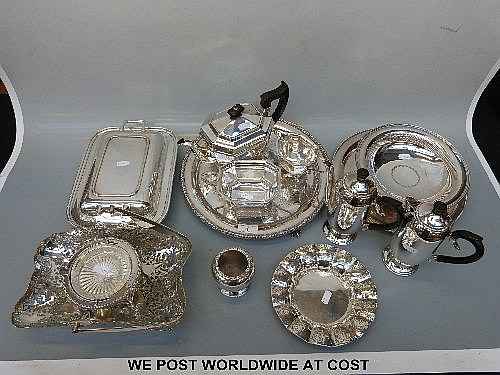 A collection of silver plate including Mappin &