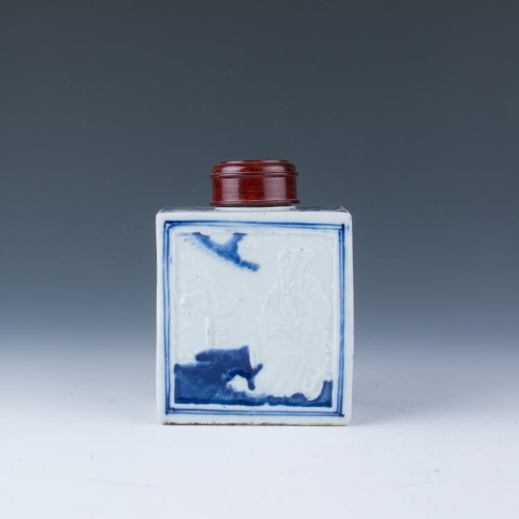 A Blue and White Porcelain Tea Caddy