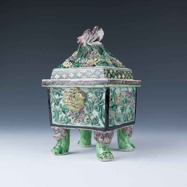 A Famille-Verte Square Censer with Cover