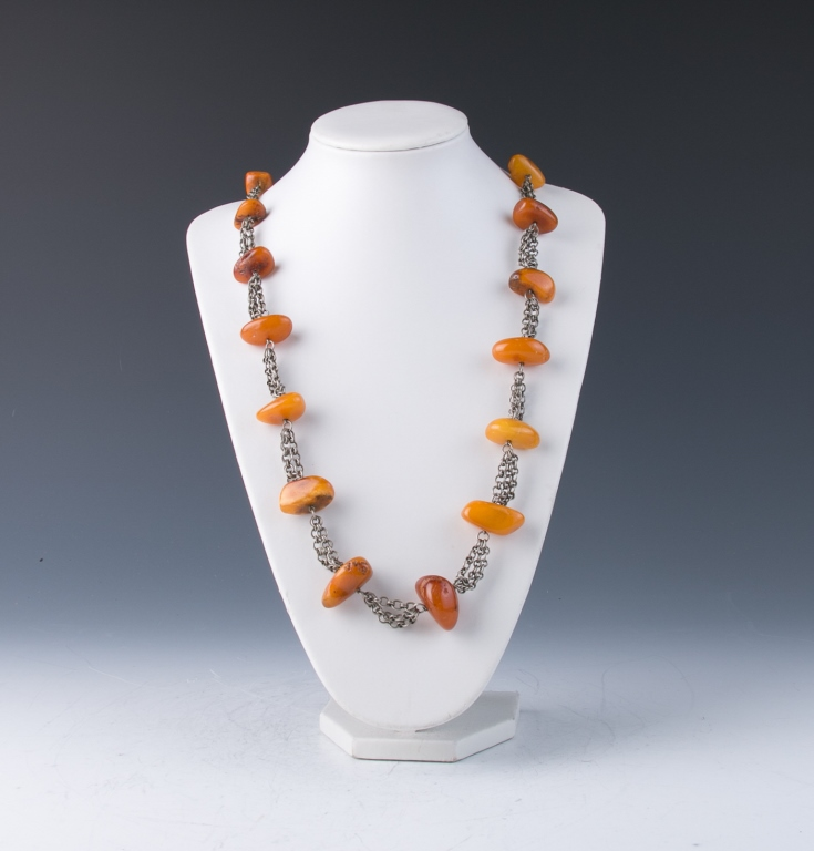 An Old Butterscotch Amber Necklace
